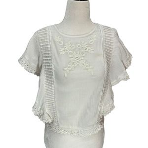 Dex White Top Cropped Button Back Crochet Edging S
